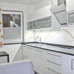 So vaši kuhinjski stoli potrebni prenove ali menjave?